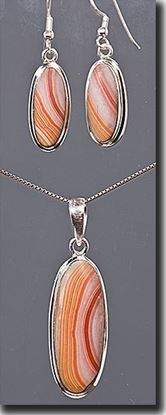Wonder Stone Pendant & Earring Set