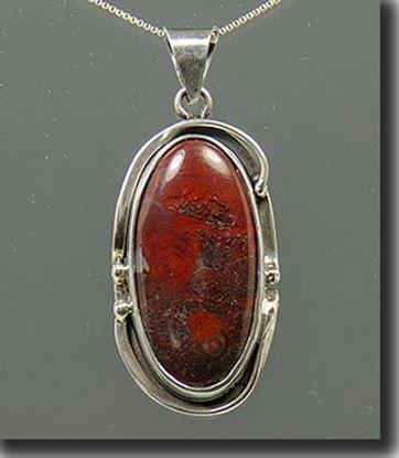 Silver Pendant with Minnesota Mary Ellen Jasper